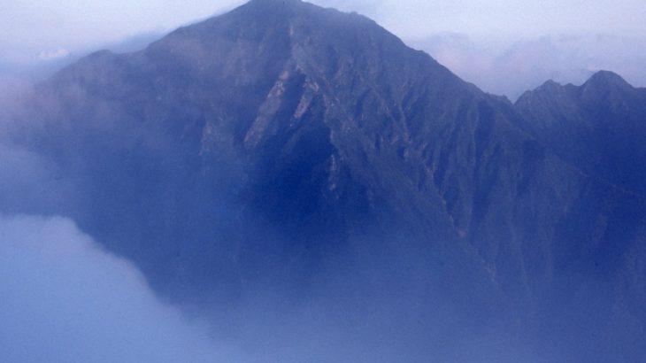 【第176山】カムイエクウチカウシ山 1,979m(北海道)大山脈主峰の大パノラマ